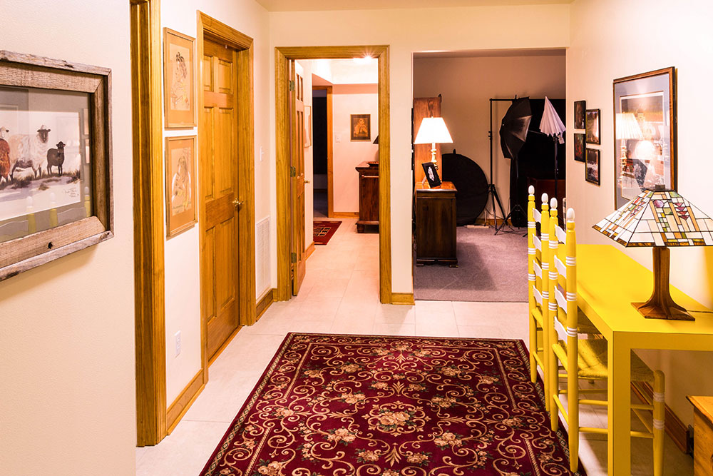 corridor-670277